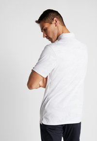 Nike Golf - DRY VAPOR CAMO - Funkční triko - pure platinum/white/white - 2