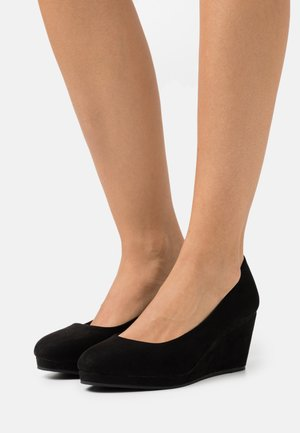WIDE FIT WEDGE HEEL SHOE - Escarpins compensés - black