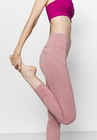 Free People - YOURE A PEACH - Medias - taupe - 3