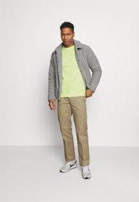 Nike Sportswear - Sweatshirt - liquid lime - 1