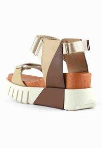 United Nude - Wedge sandals - orange - 1