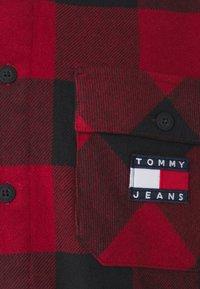 Tommy Jeans - UNISEX - Light jacket - wine red/black - 2