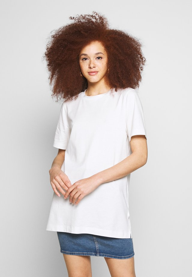 MANDY LONG TEE - Jednoduché triko - offwhite
