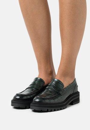 Nazouvací boty - green