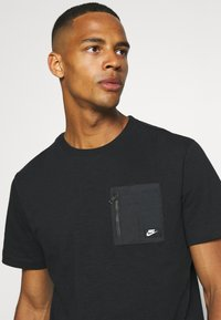 Nike Sportswear - T-shirt - bas - black - 3