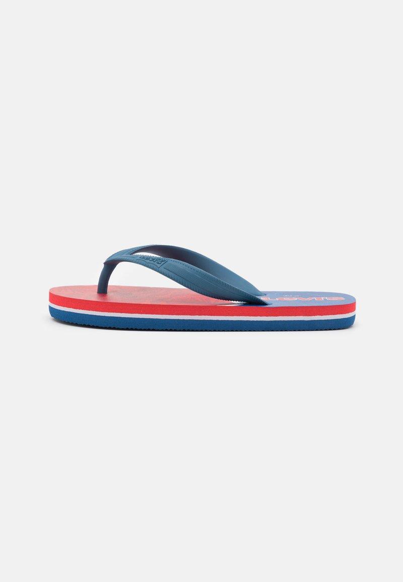 Levi's® - SOUTH BEACH UNISEX - Boty do bazénu - navy/red