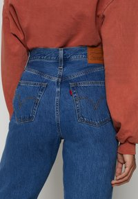 Levi's® - HIGH LOOSE TAPER - Jeansy Relaxed Fit - hold my purse - 5