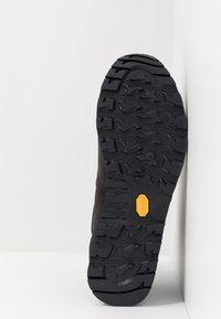 Mammut - ALVRA II MID WP MEN - Hiking shoes - phantom/dark titanium - 4