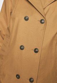 FUCHS SCHMITT - CITY - Krátký kabát - caramel - 5