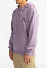 Billabong - CRAYON WAVE - Hoodie - purple haze - 3