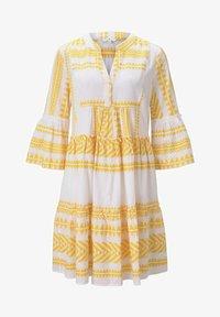 white yellow large ikat design