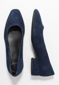 Vagabond - JOYCE - Klasické lodičky - dark blue - 3