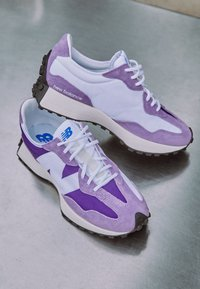 New Balance - Baskets basses - deep violet - 2