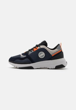 AYDEN BLADE - Zapatillas - navy/orange