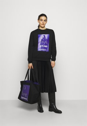 VOICES MUSIC SHOPPER - Tote bag - purple