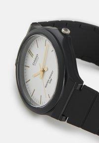 Casio - UNISEX - Watch - black/silver-coloured - 3