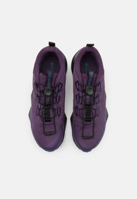 Columbia - FACET 30 OD - Hiking shoes - cyber purple/river blue - 3