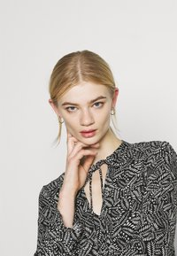 Vero Moda - VMFELICITY 7/8 CALF DRESS  - Day dress - black - 4