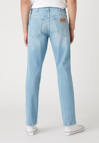 Wrangler - TEXAS - Straight leg jeans - clear blue - 2