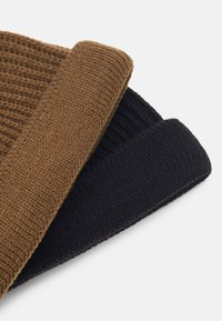Only & Sons - ONSSHORT BEANIE 2 PACK - Berretto - black/camel - 2