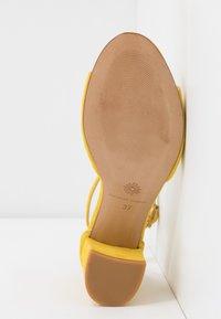 Fabienne Chapot - YASMINE - Sandals - sunflower yellow - 6