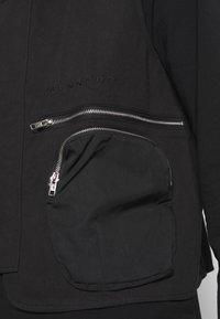 Mennace - CARGO POCKET UTILITY VEST - Waistcoat - black - 5