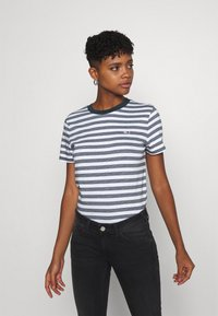 Tommy Jeans - CLASSICS STRIPE TEE - Print T-shirt - white/navy - 0