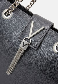 Valentino by Mario Valentino - DIVINA - Handbag - cannafucil - 3