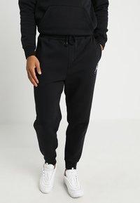 Jordan - JUMPMAN  - Pantalones deportivos - black - 0