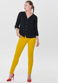 ONLY - RAIN - Jeans Skinny - yellow - 1