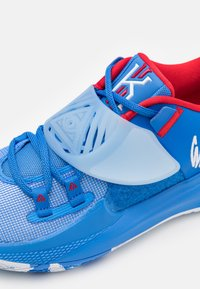 Nike Performance - KYRIE LOW 3 - Basketball shoes - pacific blue/white - 5