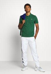 Lacoste Sport - CLASSIC KURZARM - Polo - green - 1
