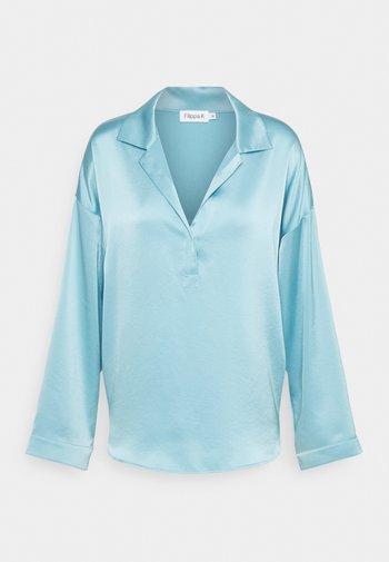 LOVISA - Button-down blouse - turquoise