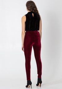 Indiska - Leggings - Trousers - red - 5