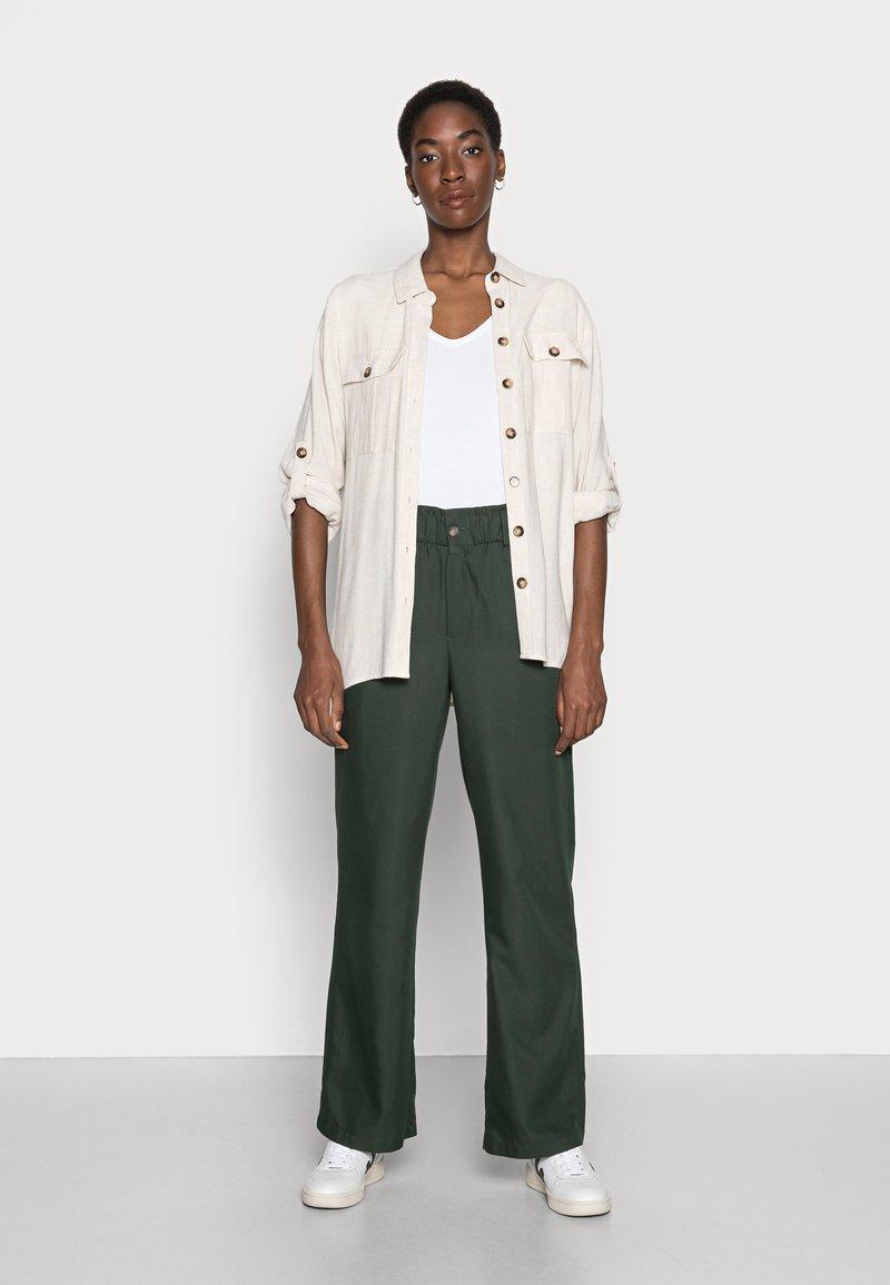 Anna Field - 2 PACK - Basic T-shirt - white/black