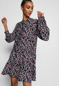 Envii - ENSALSA DRESS  - Kjole - winter fleur - 3