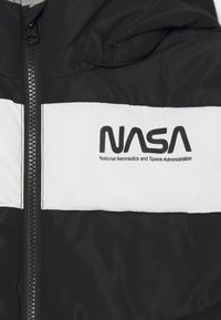 LMTD - NLMNASA MARCO JACKET - Winter jacket - black - 3