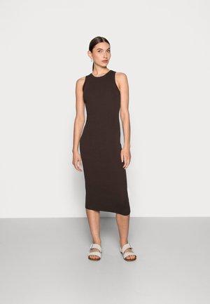 DRESS - Denní šaty - brown