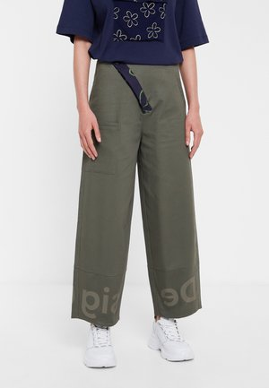 ARIANE - Pantalon classique - green