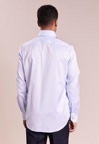 HUGO - VERALD REGULAR FIT - Formal shirt - pastel blue - 2