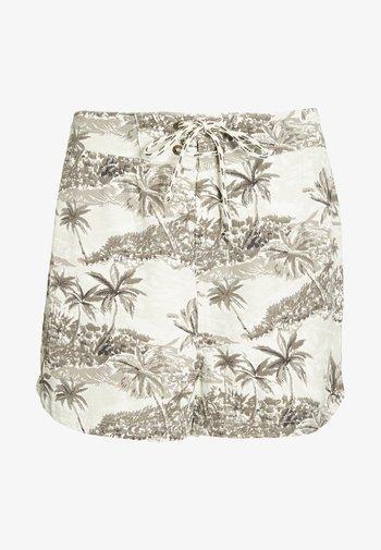 VACAY ME SHORT - Shorts - white