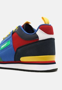 Benetton - POWER - Sneakers laag - green/red - 4