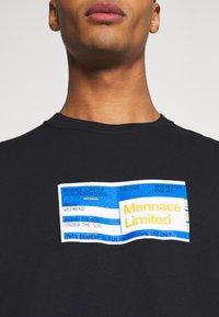Mennace - PRIDE TICKET UNISEX - Print T-shirt - black - 5