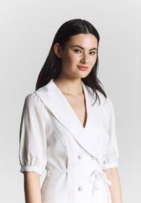 Fashion Union - BELLA - Shift dress - ivory - 3