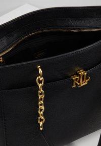 Lauren Ralph Lauren - CLASSIC LANGDON  - Handtasche - black - 4