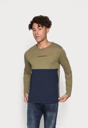 JORLENS TEE CREW NECK - Long sleeved top - martini/olive