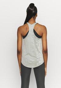 Nike Performance - AIR TANK - Sportshirt - light army/stone/black - 2