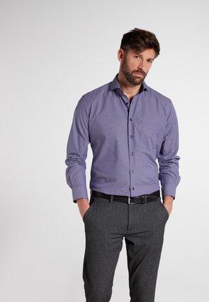 MODERN FIT - Overhemd - flieder/schwarz