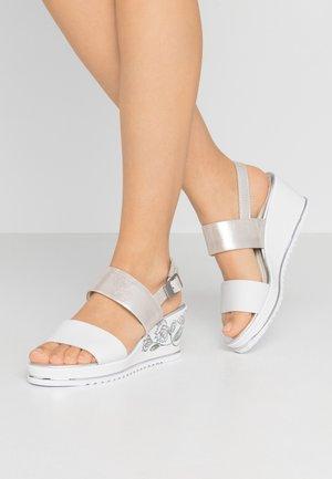 Sandály na platformě - white/silver