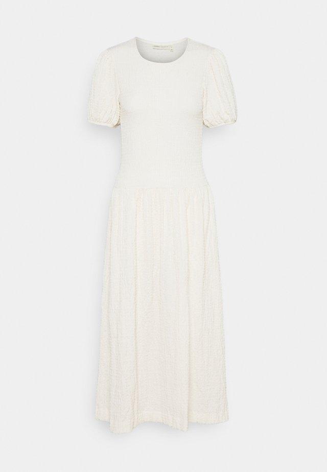 ULRIKAIW DRESS - Robe d'été - whisper white